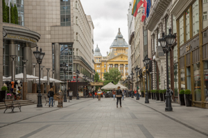 Our Story - Fashion Street Budapest